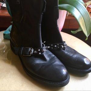 ⬇️SALE❗️ Sam Edelman Adele Studded leather boots!